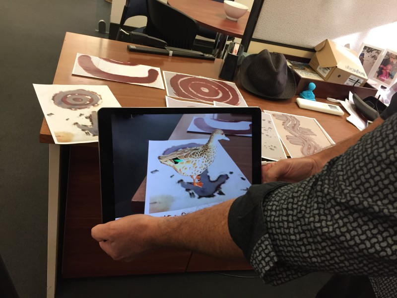 Image: 3D image of a duck on an iPad